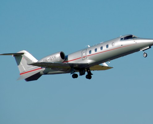 Bombardier.learjet60.oe-gtf.arp